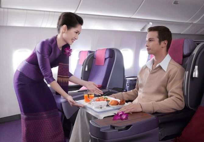 dich-vu-thai-airways