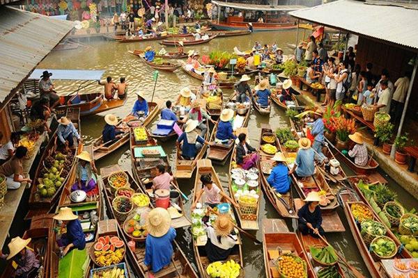 Chợ nổi trên sông Damnoen Saduak