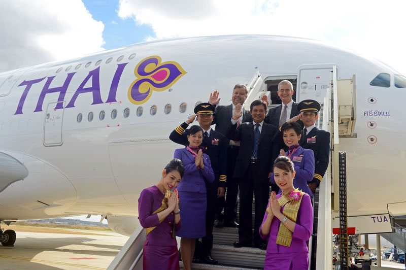 ve-may-bay-thai-airways