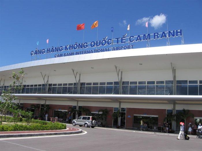 Sân bay Cam Ranh