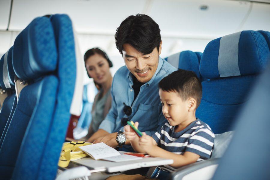 Trẻ em dưới 2 tuổi đi máy bay Vietnam Airlines