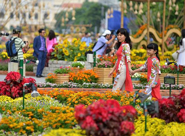 Đường hoa Nguyễn Huệ - Sài Gòn